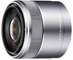 Nuovo obiettivo macro da 30mm. per Sony